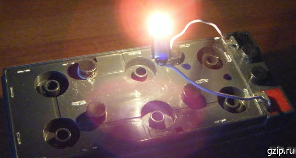 Лампа, нагрузка аккумулятора для разряда